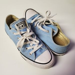 Light Blue Size 6 Converse All Star